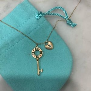Tiffany&Co Atlas key 18k Rose gold & mini lock